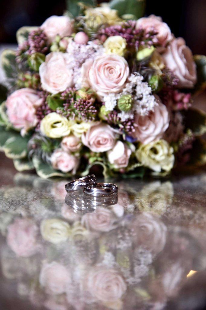 H11 0175 682x1024 - Hochzeit